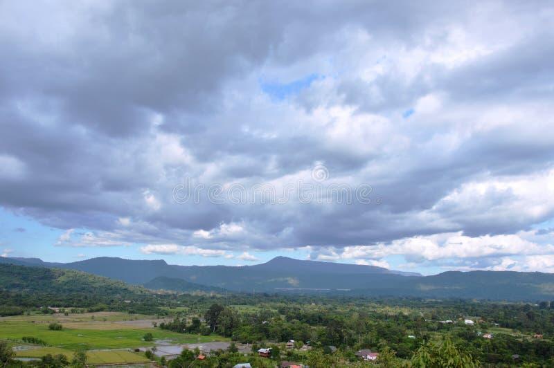 Ландшафт от холма на горе Khao Lon в Таиланде стоковое фото rf
