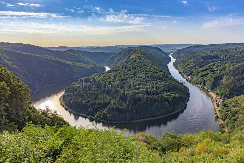 Ландшафт Саара с целью излучины реки Саара в семенозачатке стоковые изображения