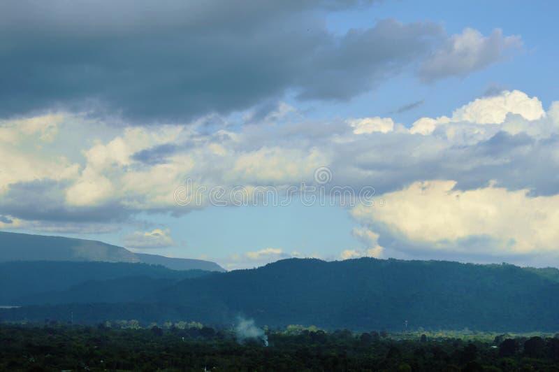Ландшафт сельской местности от горы Khao Lon в Таиланде стоковое изображение