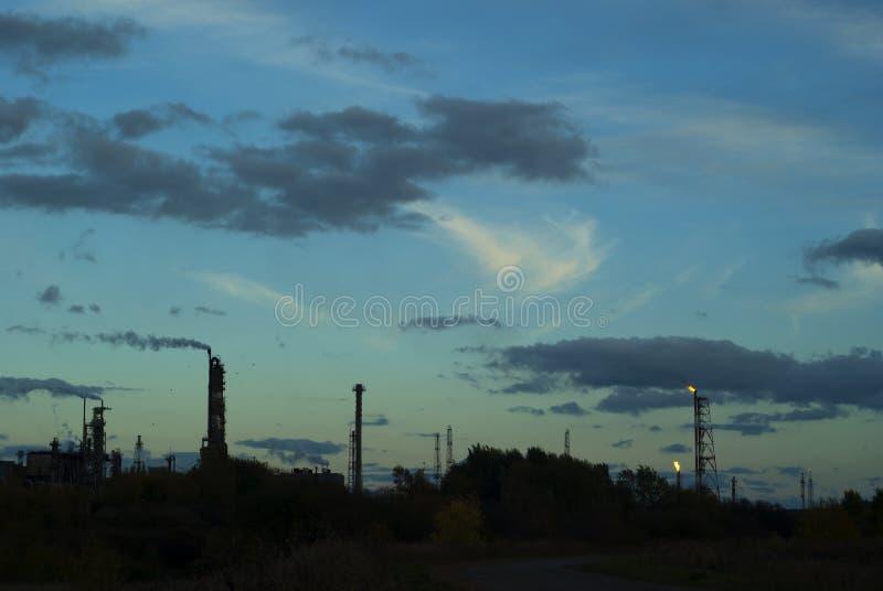 Ландшафт силуэта промышленный стоковое фото rf