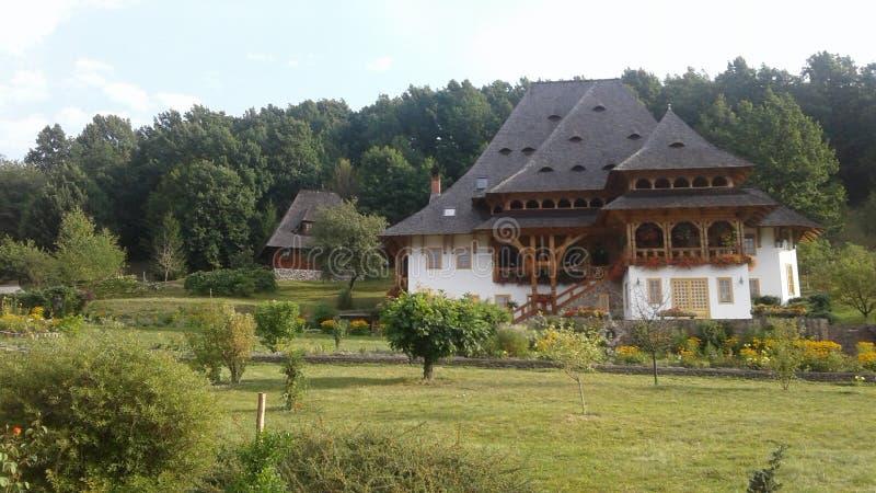 Ландшафт с домом стоковое изображение rf