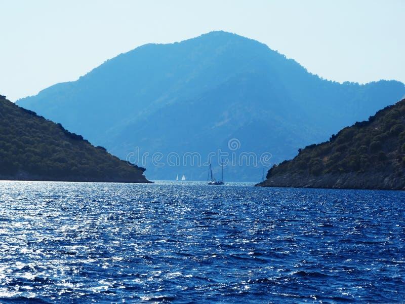 Ландшафт береговой линии индюка Средиземного моря стоковые изображения rf