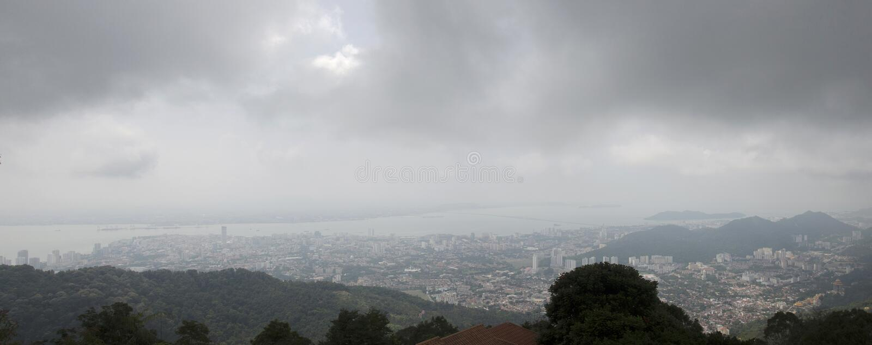 Ландшафт взгляда панорамы города Penang от точки зрения Penang стоковое изображение rf