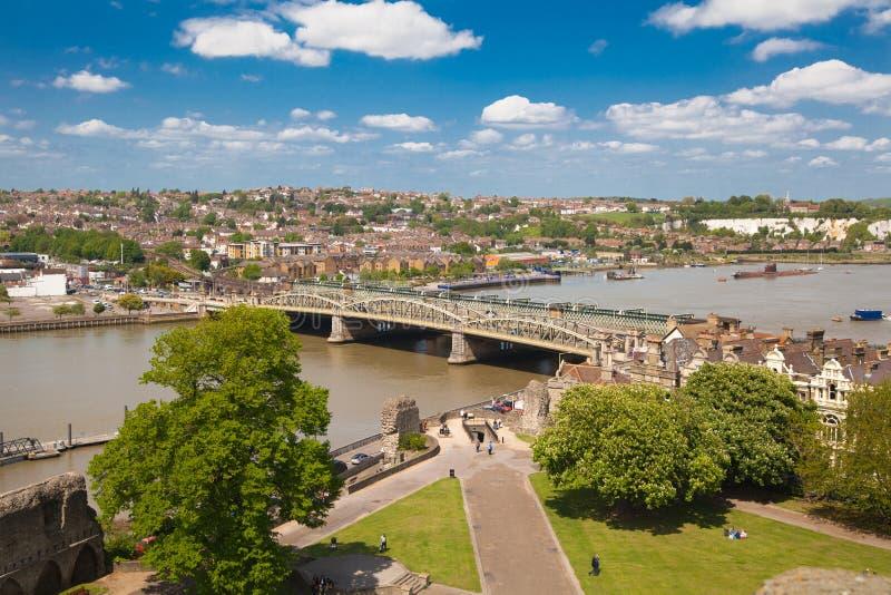 Ландшафт вокруг города Rochester включает реку Кент и яхт-клуб стоковые изображения