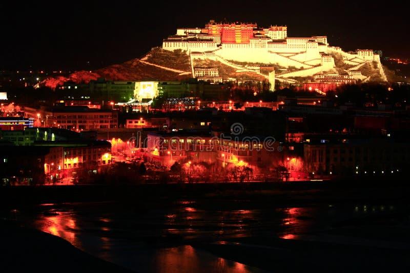 Ландшафт дворца Potala стоковое изображение rf