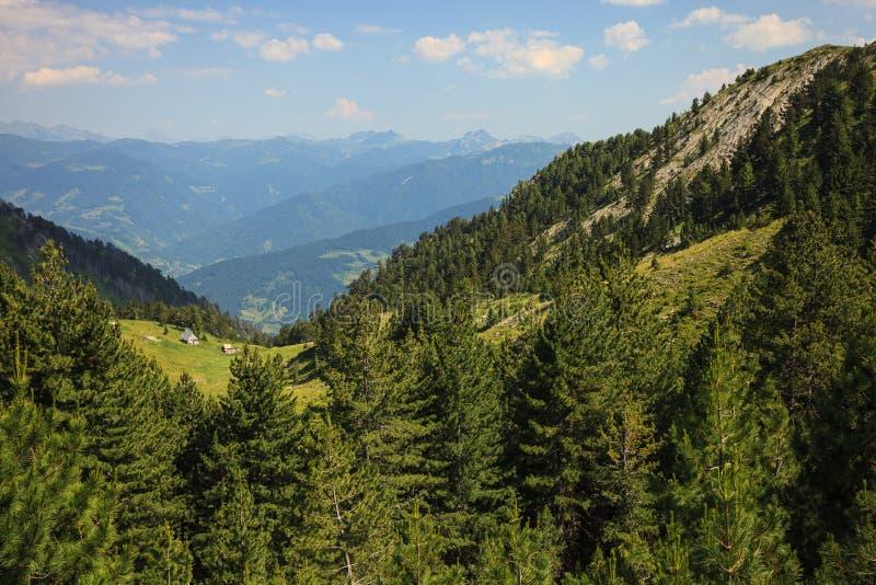 Ландшафт в горах посетителя стоковые изображения