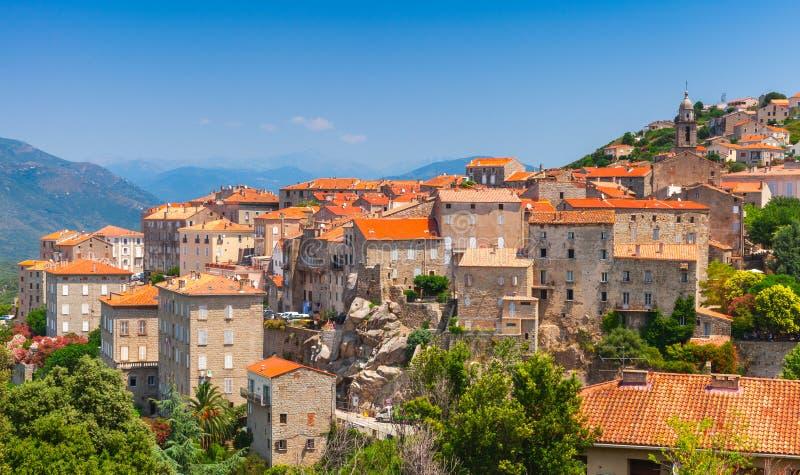 Ландшафт городка Sartene, Корсика, Франция стоковые изображения rf