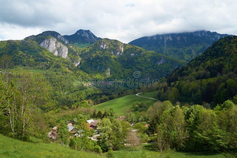 Ландшафт горы в Альпах стоковое фото rf