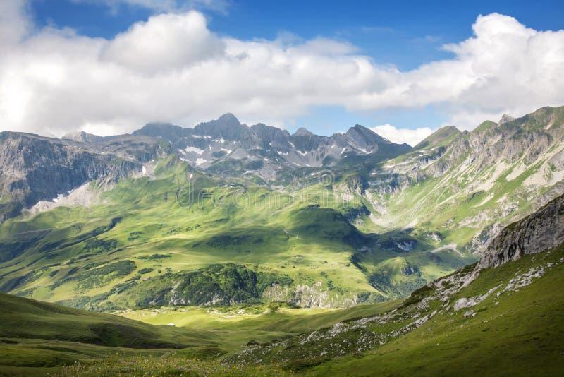 Ландшафт гор стоковые фотографии rf