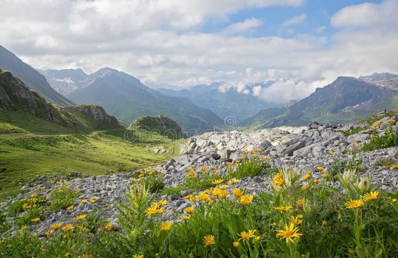 Ландшафт гор стоковые изображения rf