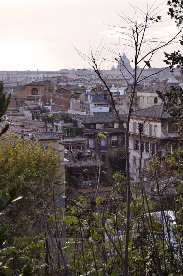 Ландшафт крыши Рима стоковые изображения rf