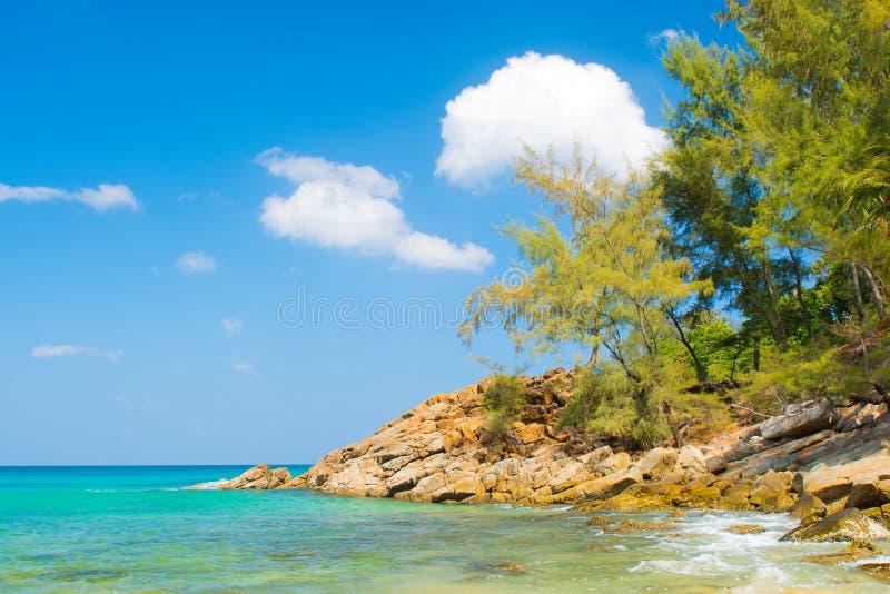 Ландшафт моря и берега стоковая фотография rf