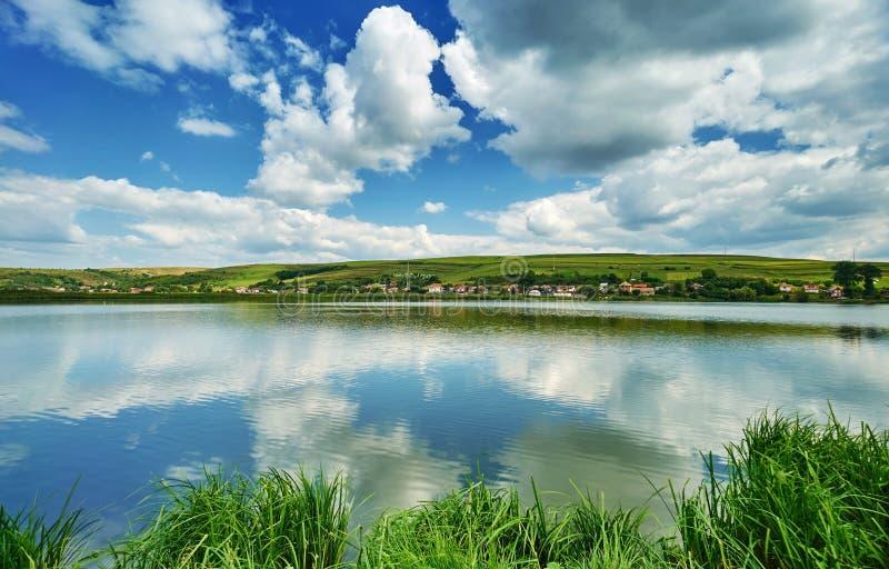 Ландшафт отражения воды стоковые изображения