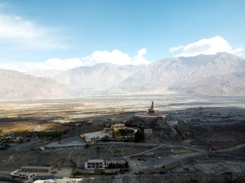 Ландшафт долины Nubra, Ladakh северная Индия стоковые изображения rf