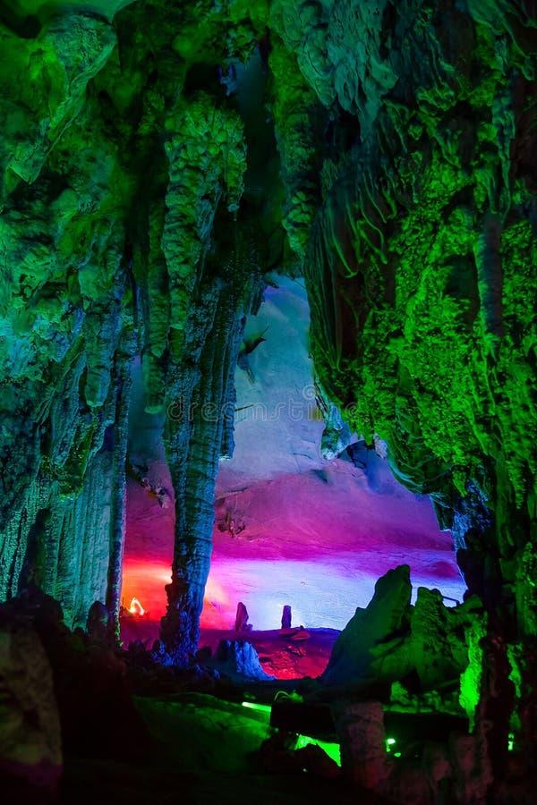 Ландшафт пещеры, Китай стоковые фото