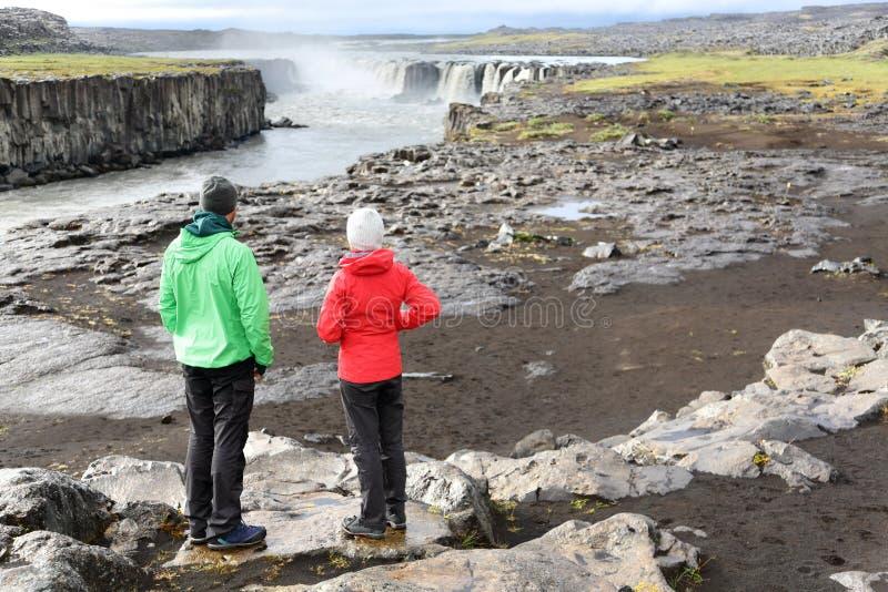 Ландшафт природы Исландии с людьми Selfoss стоковое изображение