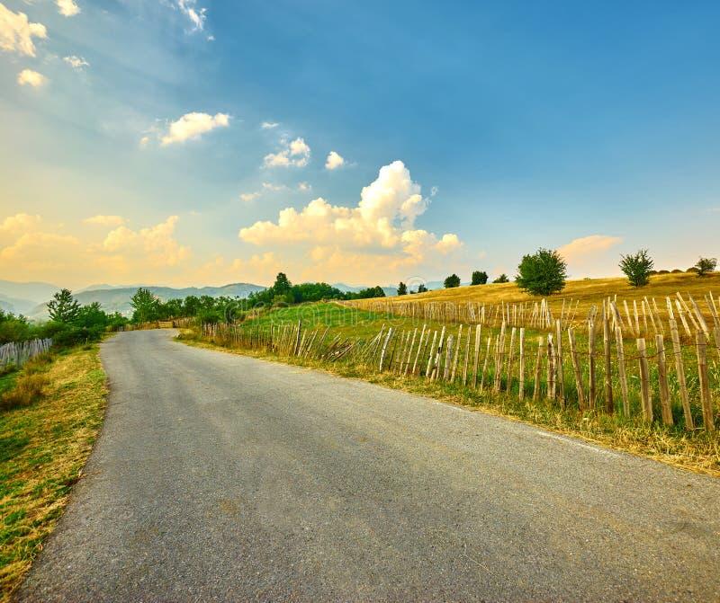 Ландшафт проселочной дороги стоковая фотография