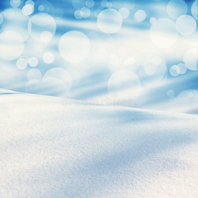 Ландшафт рождества зимы с падая снегом, предпосылкой зимы стоковые изображения rf