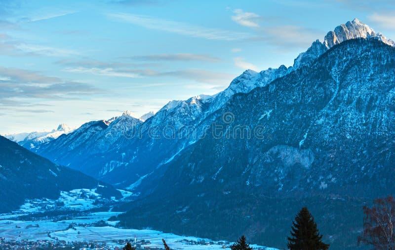 Ландшафт страны горы зимы (Австрия). стоковые фото
