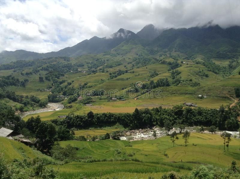 Ландшафт с рекой в Sapa стоковое фото rf