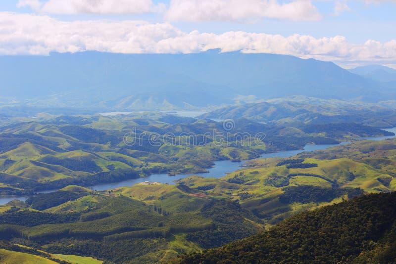 Ландшафт с холмами и рекой национального парка, Бразилии стоковая фотография rf