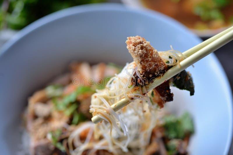 Лапша риса свинины стоковое изображение rf