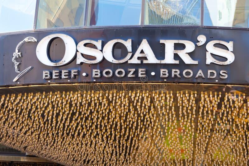 ЛАС-ВЕГАС, НЕВАДА - 22-ое августа 2016: Выпивка Broads говядины Оскара стоковые изображения rf