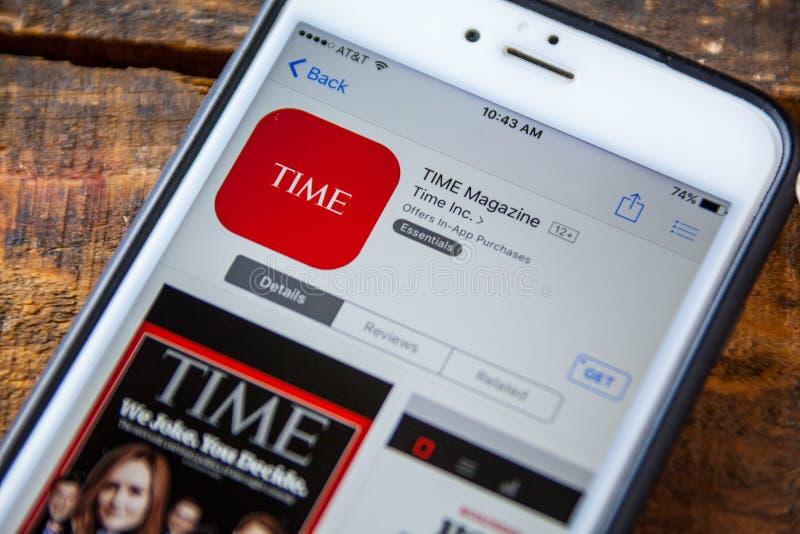 ЛАС-ВЕГАС, NV - 22-ое сентября 2016 - IPhone App журнала Тайм внутри стоковое фото