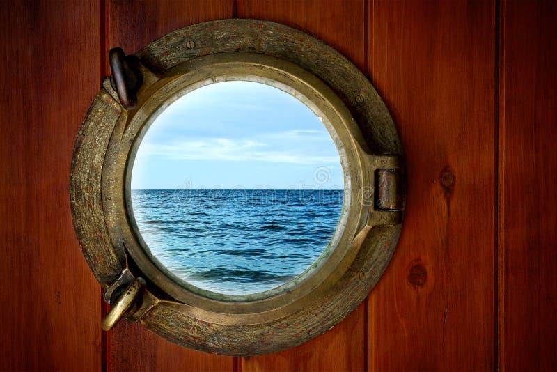латунный porthole стоковая фотография