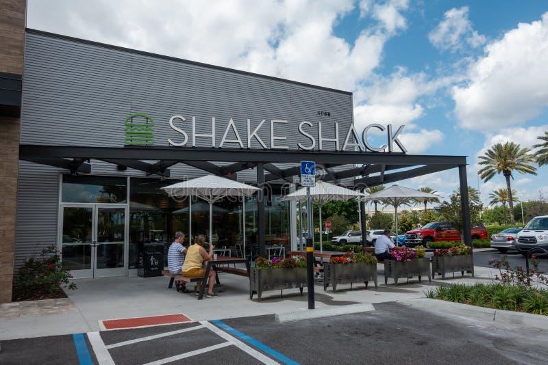Лачуга встряхивания американская быстрая случайная сеть ресторанов основанная в Нью-Йорке стоковое изображение rf