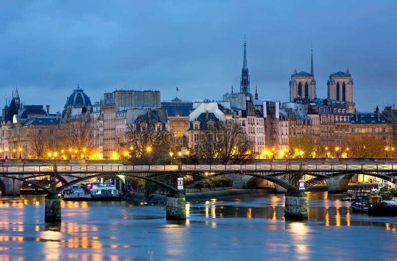Ла Ile de цитирует и Нотр-Дам de Париж Cathedrale, Франция стоковое фото