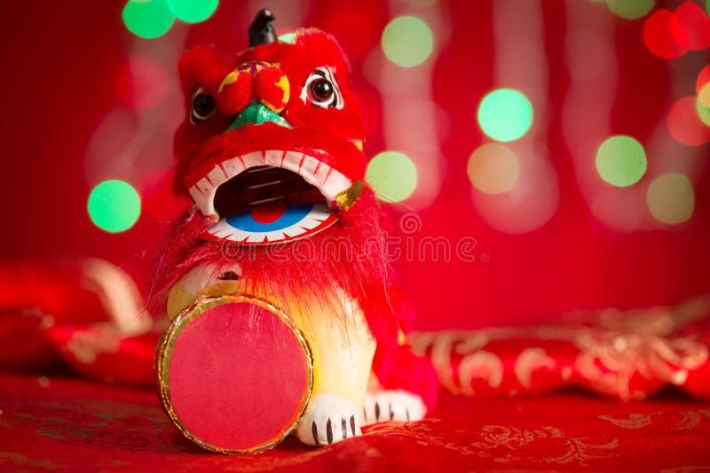 Лев танцев китайских украшений Нового Года миниатюрный стоковое фото rf