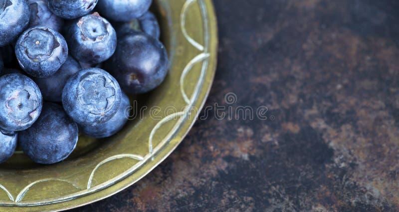 Легкая закуска голубик естественная противоокислительн здоровая, знамя сети стоковые изображения