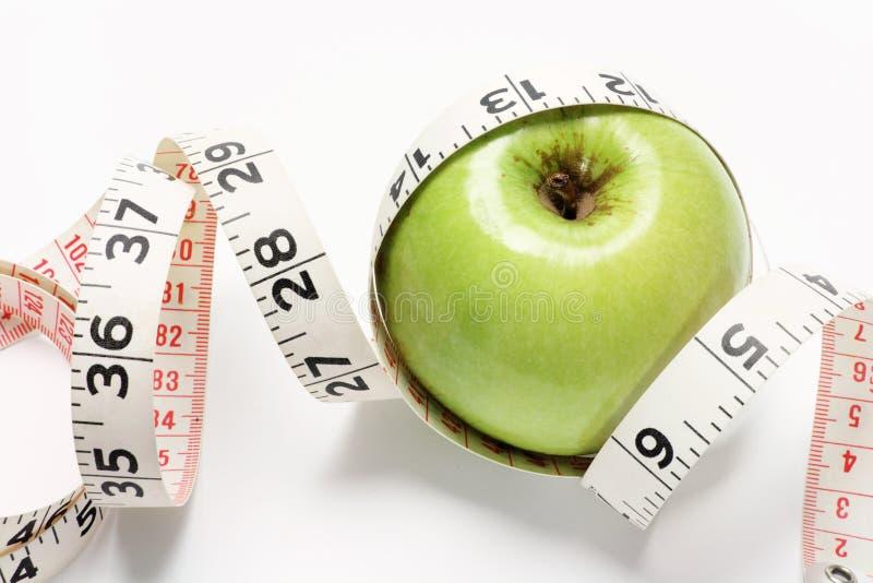 лента кузнца измерения бабушки яблока стоковая фотография rf