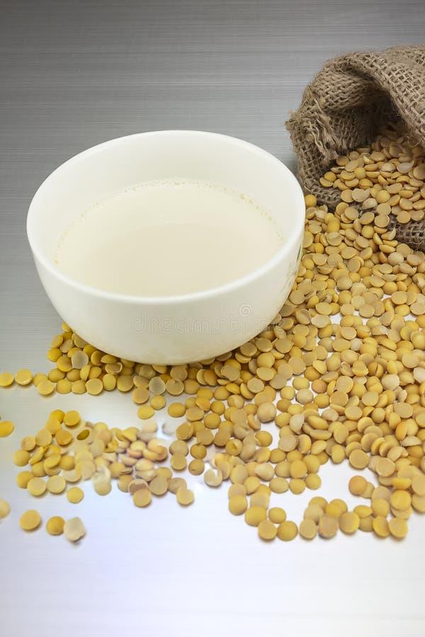 Лепешки соевого молока и сои стоковое фото