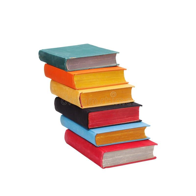 Лестница книги лестниц с покрашенными крышками страниц Путь к премудрости и концепции управления знания Используемая лестница кни стоковые изображения rf