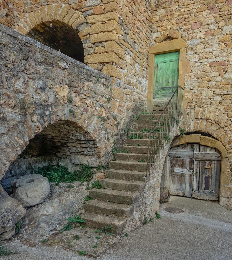 Лестница к старому дому стоковое фото rf