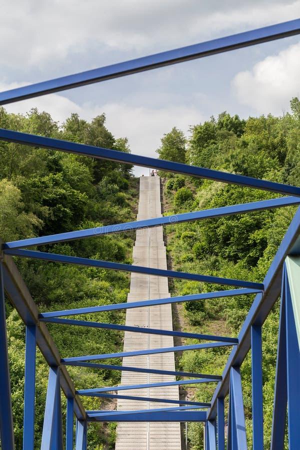 Лестница к tetraeder в bottrop Германии стоковые фото