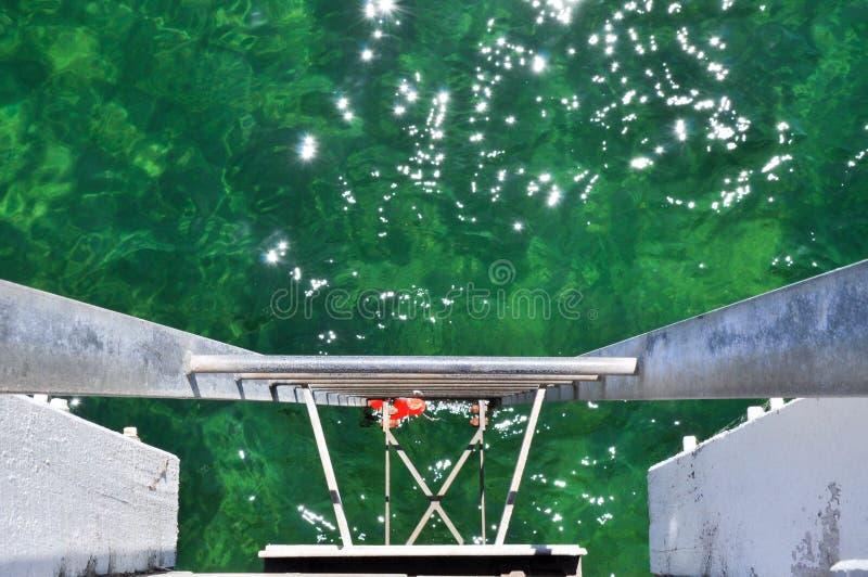 Лестница молы в Индийский океан стоковые фотографии rf