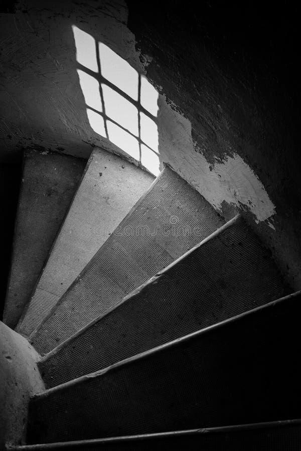 Лестницы внутри маяка стоковые фото