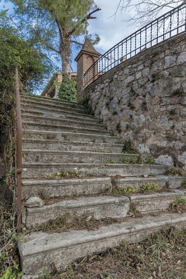 Лестницы к былым дням стоковое фото