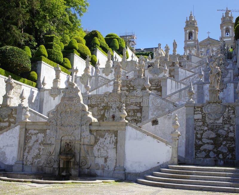 Лестницы к Bom Иисусу делают Monte стоковые фото