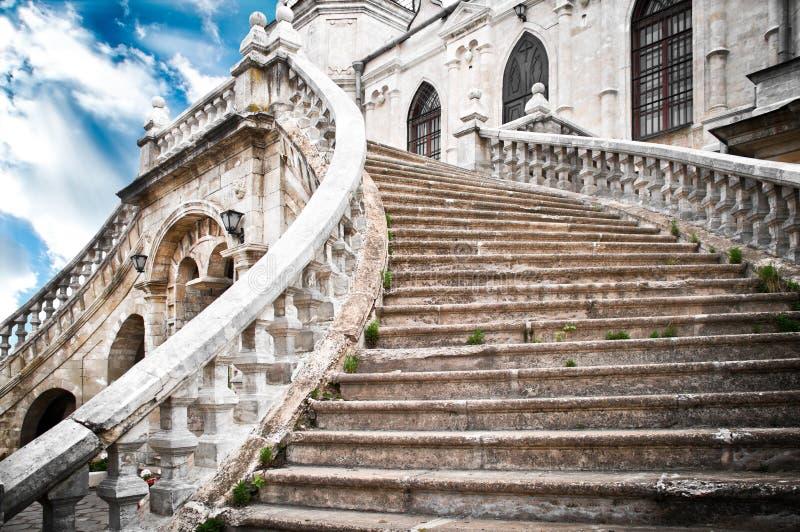 лестницы церков грандиозные стоковые фото