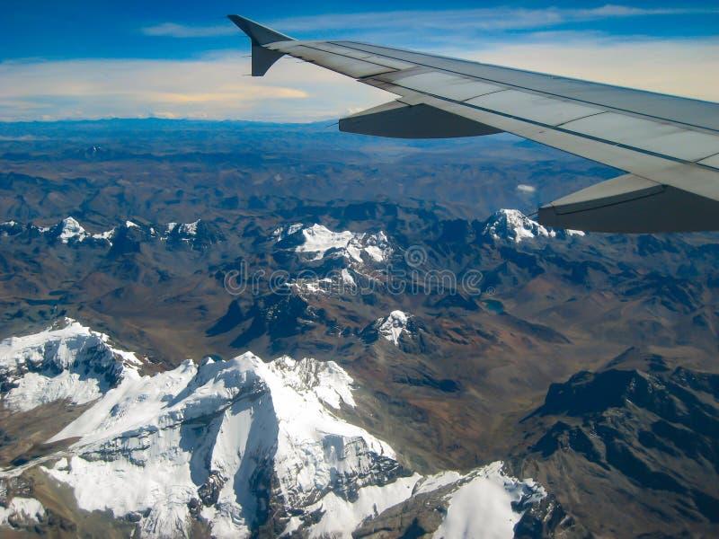 Летать над Андами стоковые фотографии rf