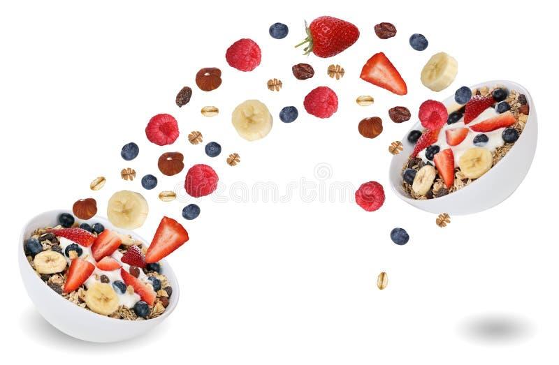 Летать приносить от muesli плодоовощ для завтрака с бананом и st стоковое изображение rf