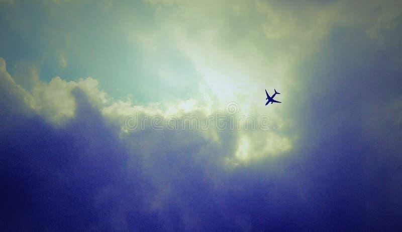 Летать самостоятельно стоковое фото