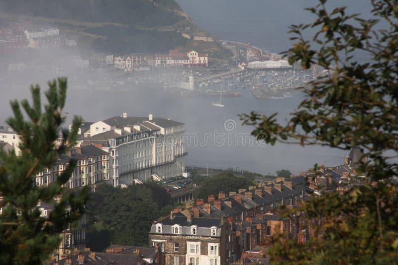 лето моря scarborough тумана fret стоковая фотография rf