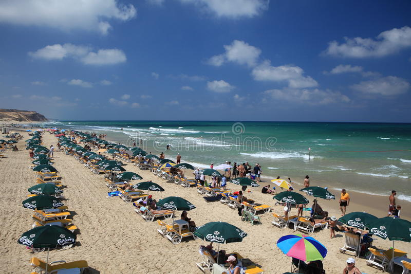 Лето на пляже в Израиле стоковое изображение rf