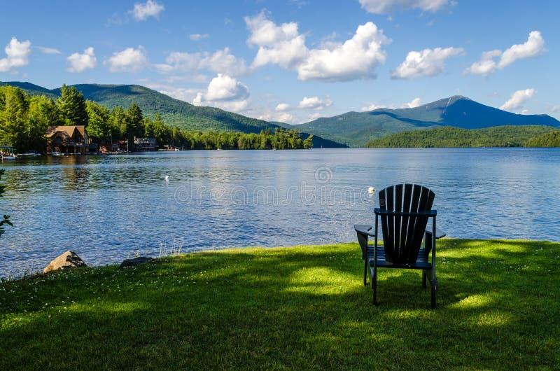 Лето озера спокойное стоковое фото