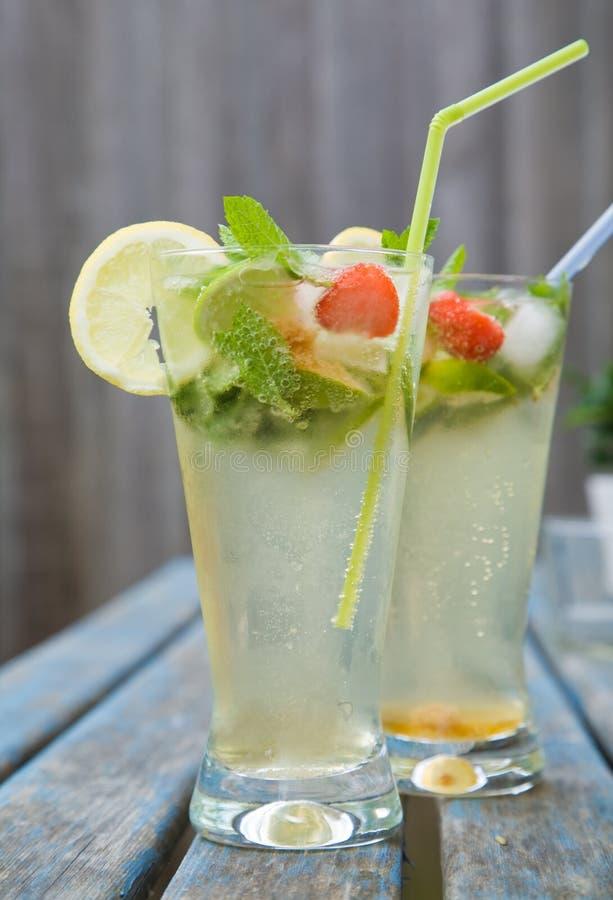 лето питья стоковое фото rf